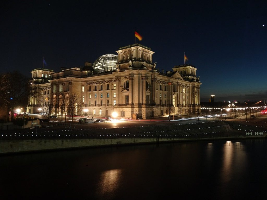 A free thing to do in Berlin- sign up for a tour of the Reichstag