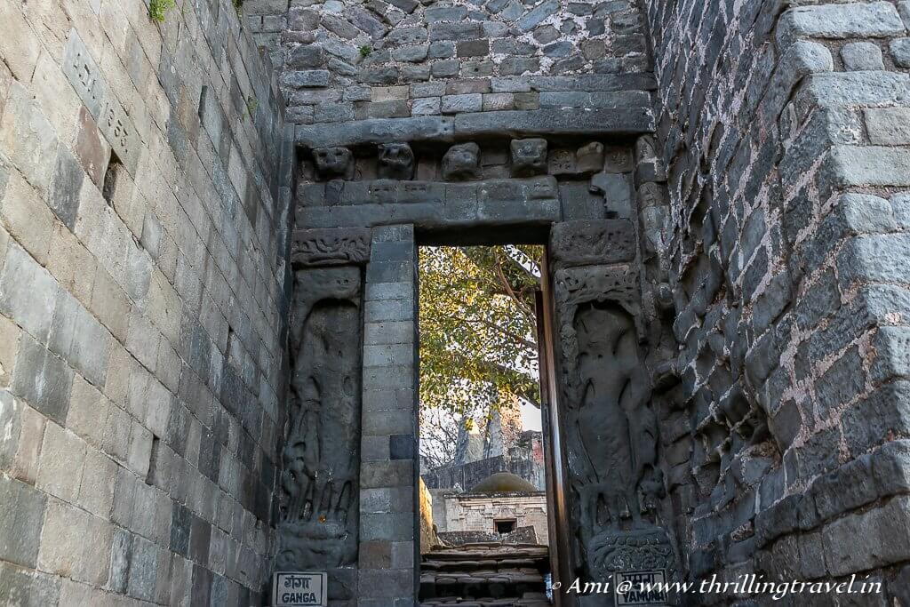 Darshini gate with Yamuna and Ganga on either side