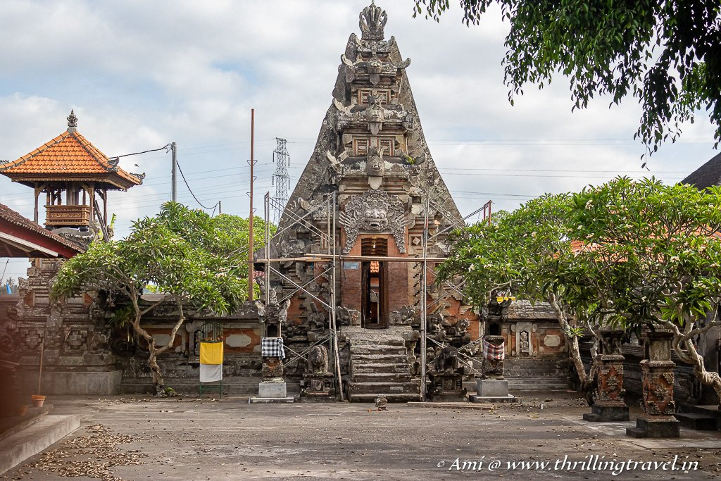 A family temple spotted along the Ubud walk