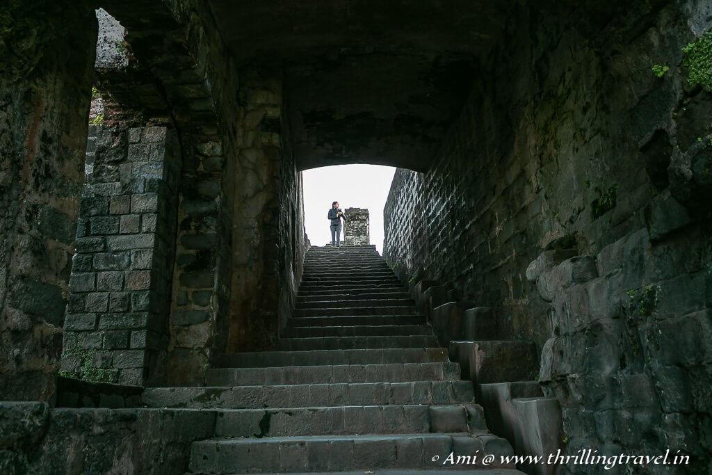 Mahlon ka Darwaza to the palace area of Kangra Fort