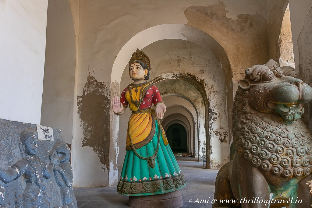 The huge Tanjore dolls and other abandoned artifacts in the passages
