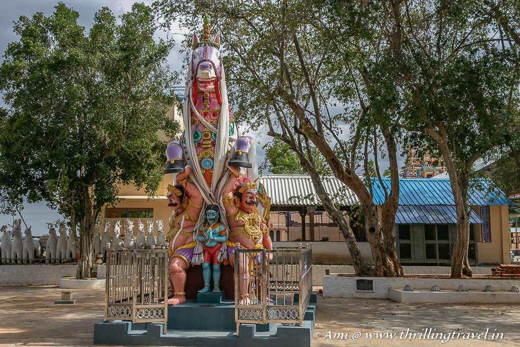 A large statue of the horse with Lord Ayyanar and his helpers