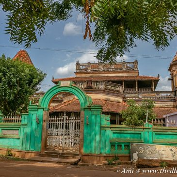 Exploring the abandoned mansions of Chettinad