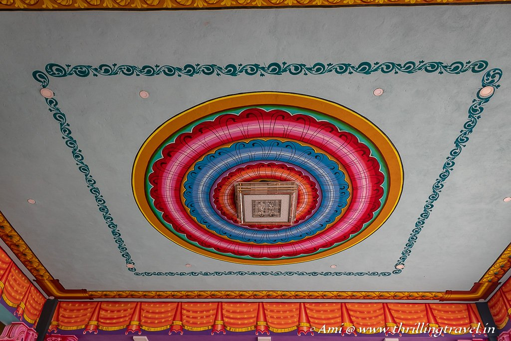 Painted ceilings and walls of Andavar Solai Temple