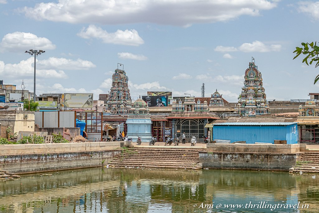 The temple pond of Muneeswara Kovil in Karaikudi as seen from the Antique market