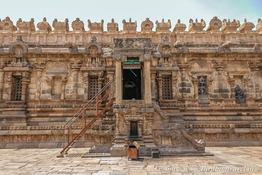 Sarabeswarar Shrine at Airavatesvara Temple Complex