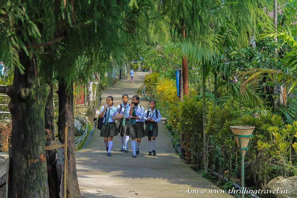 School girls starting their day in Mawlynnong