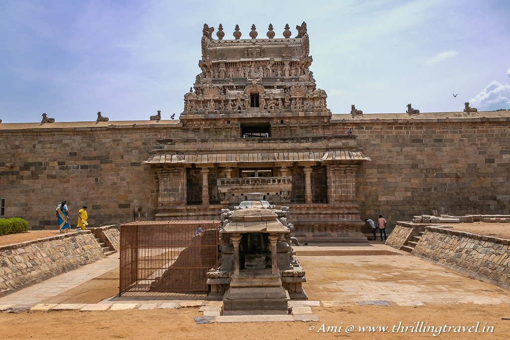 The Singing steps leading to the Balipeetham at the Airavatesvara Temple