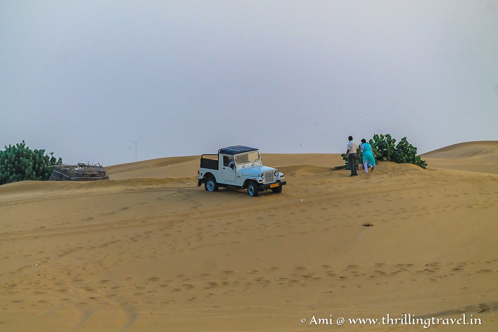 Jeep Safari - an attraction of the desert camps of Jaisalmer