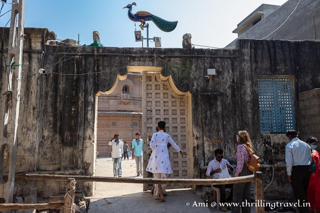 The Bet Dwarka Krishna Temple where the original idol of Sri Krishna is kept