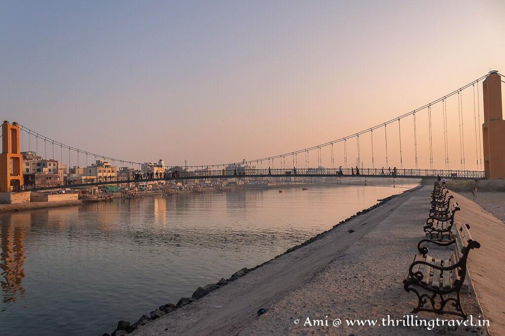 The promenade setting by Sudama Setu bridge