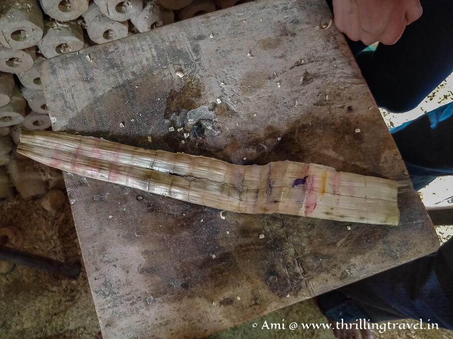 Cactus leaf used for polishing
