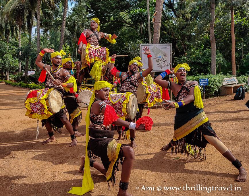 Dollu Kunitha - folk dance of Karnataka