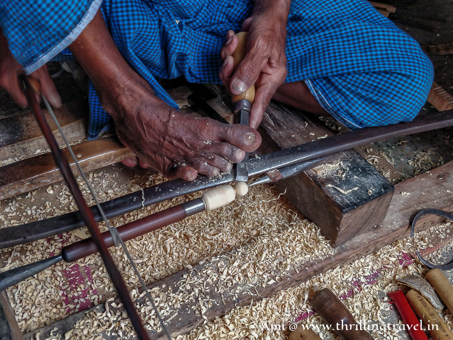 A traditional way of making Channapatna toys using a manual lathe