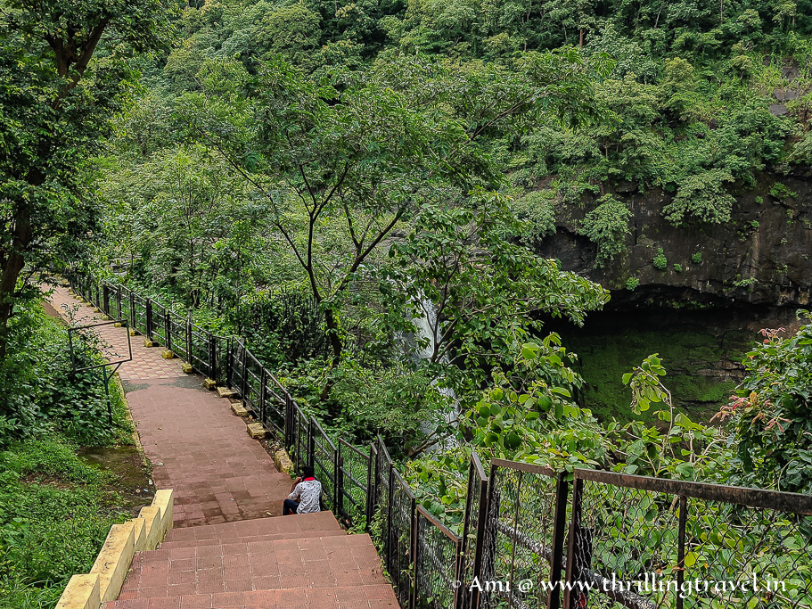 The way to the closest point of Girmal waterfalls in Saputara Gujarat