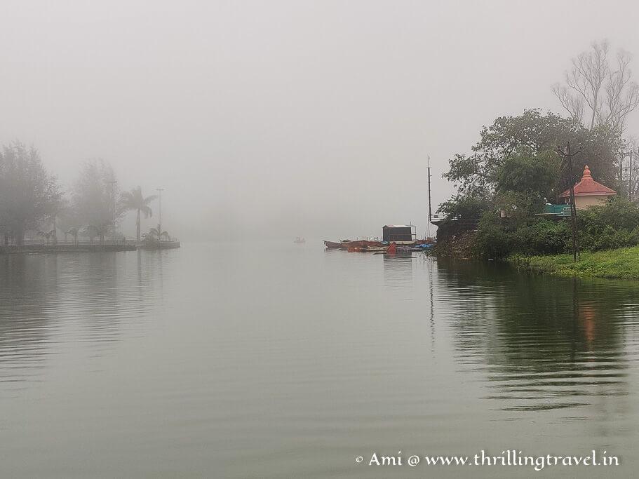 When the clouds descend around Saputara Lake