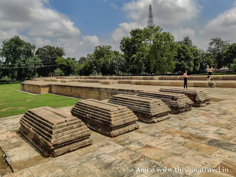 Tombs of the masons who built Adalaj Vav